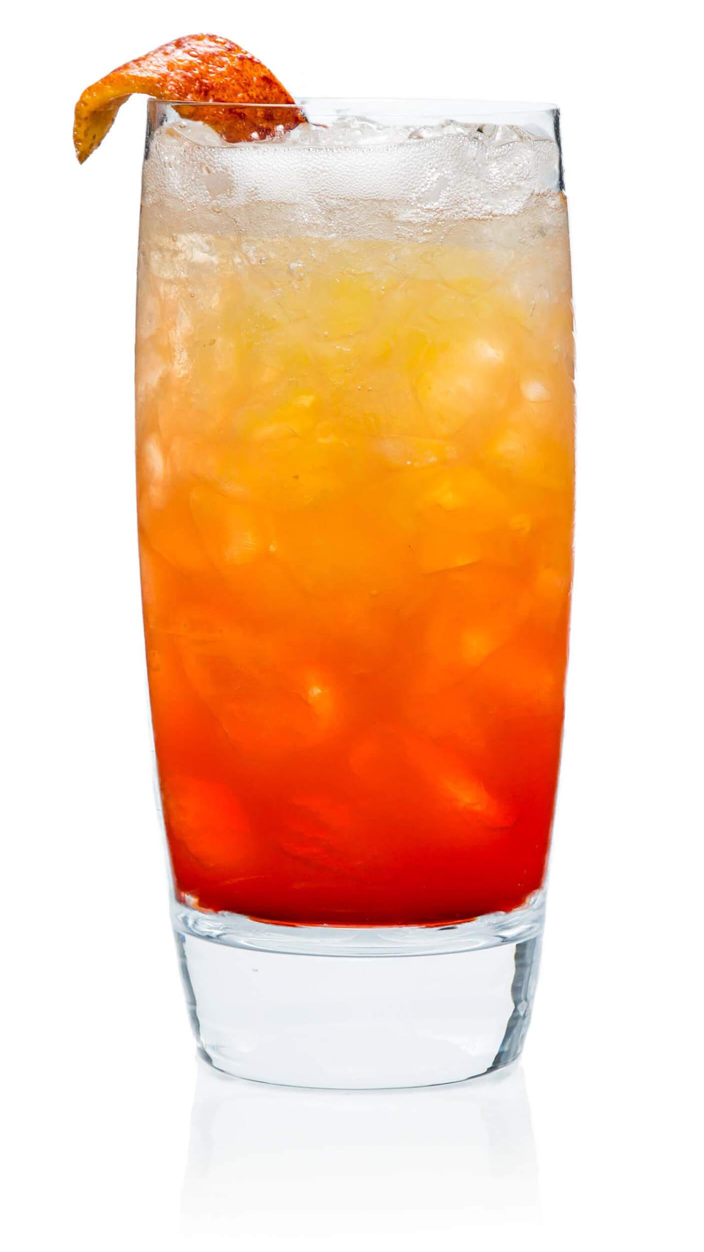 Blood orange mimosa with EFFEN Blood Orange: citrusy & light with sparkling wine.