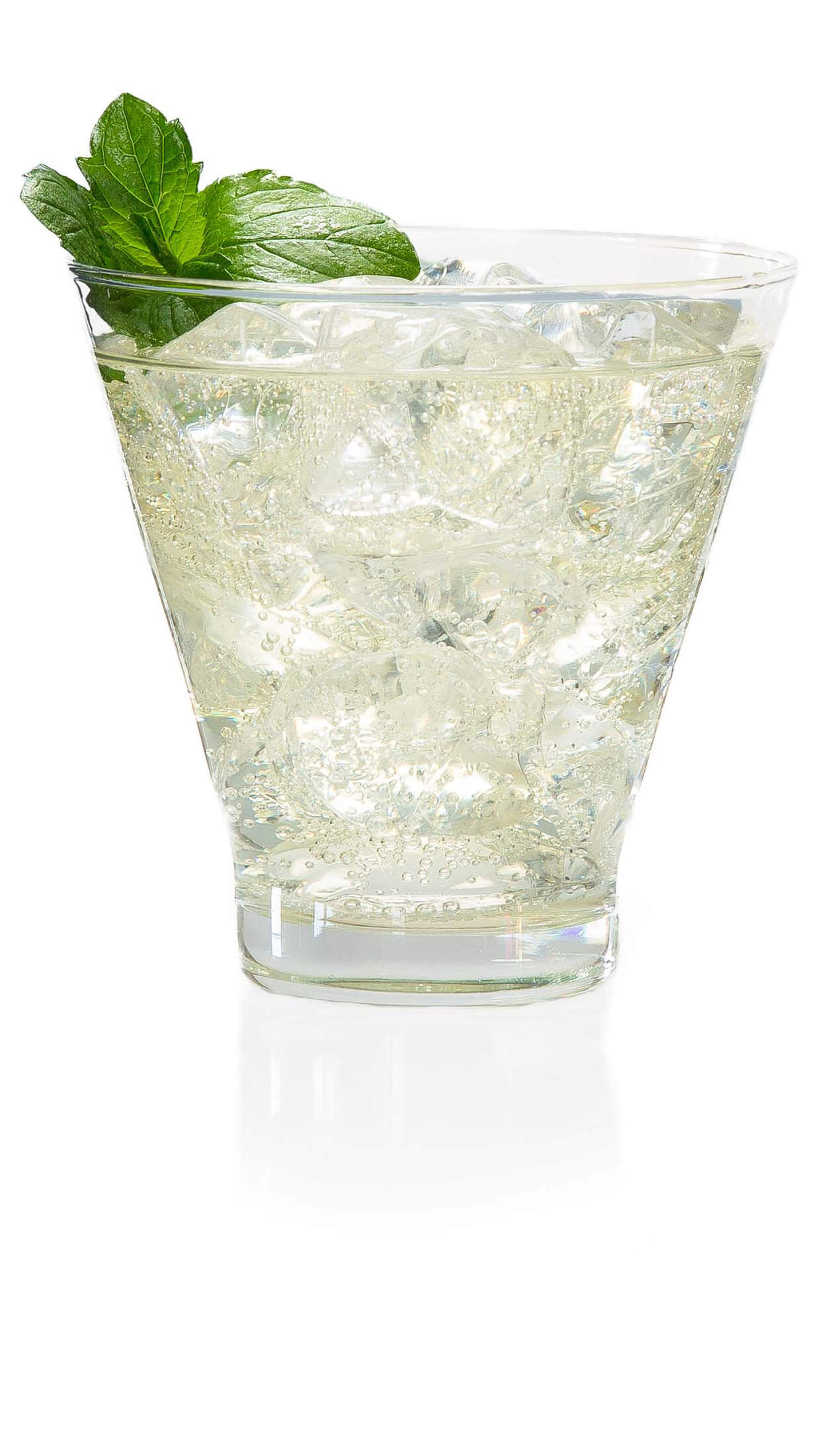 Cucumber lime vodka with EFFEN Cucumber Vodka, lime juice, club soda, mint leaves & a dash bitters.