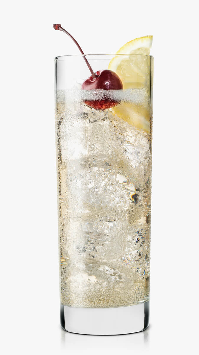 Ginger ale vodka with EFFEN Black Cherry and ginger ale. Citrusy and savory. Enjoy!