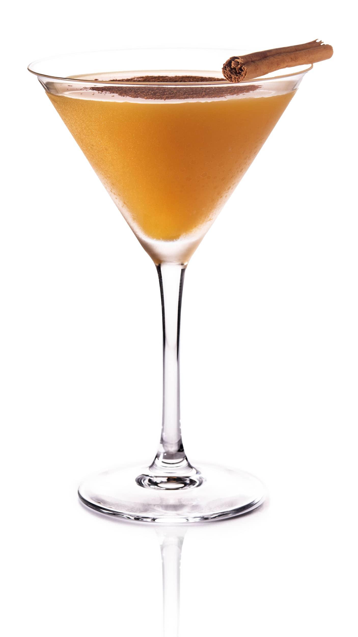Pumpkin spice cocktail with EFFEN Original, pumpkin pie filling, fresh orange juice and cinnamon.