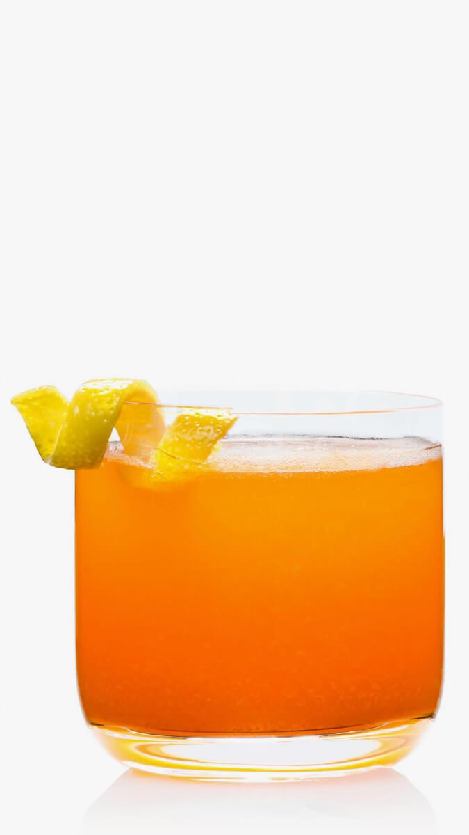 Vodka Campari with EFFEN Raspberry Vodka, Campari, fresh lemon sour and peach puree. Citrusy!