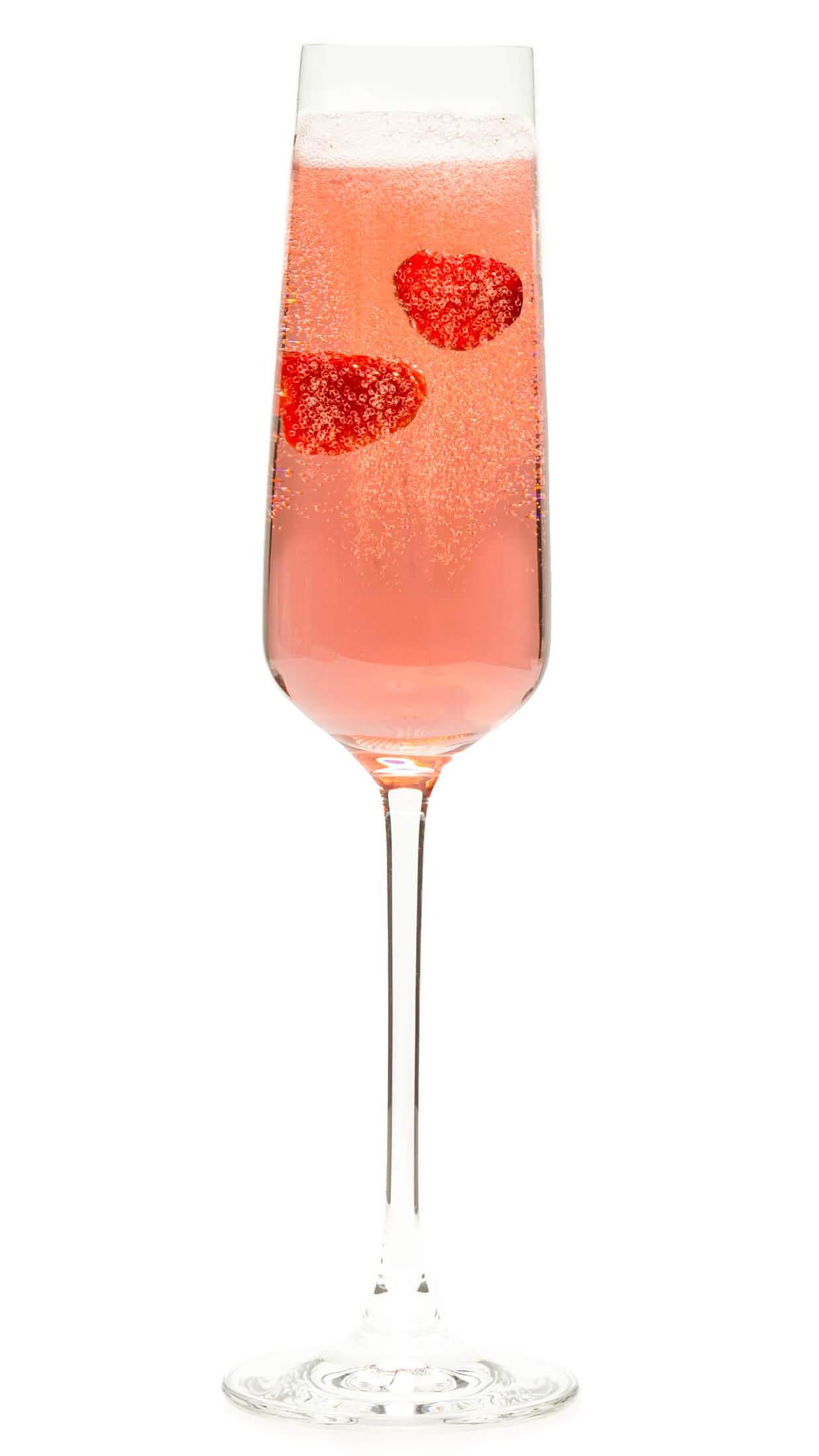 Vodka champagne cocktail with EFFEN Black Cherry: vodka, champagne and raspberry liqueur.