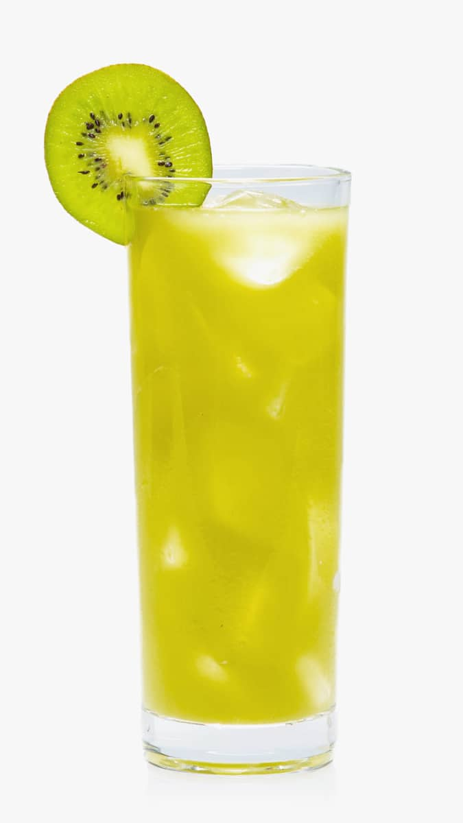Kiwi sweet sour drink with EFFEN Cucumber Vodka, maraschino liqueur, kiwi and fresh lime juice.